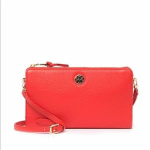 ✨NEW✨ Tory Burch Leather Wallet Crossbody